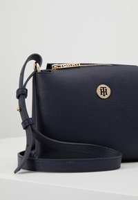 Tommy Hilfiger - CORE CROSSOVER - Across body bag - blue - 6