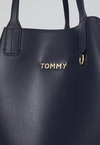 Tommy Hilfiger - ICONIC TOTE SET - Shopping bag - blue - 5