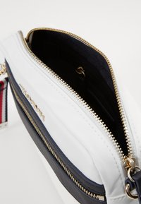 Tommy Hilfiger - CROSSOVER - Across body bag - white - 4