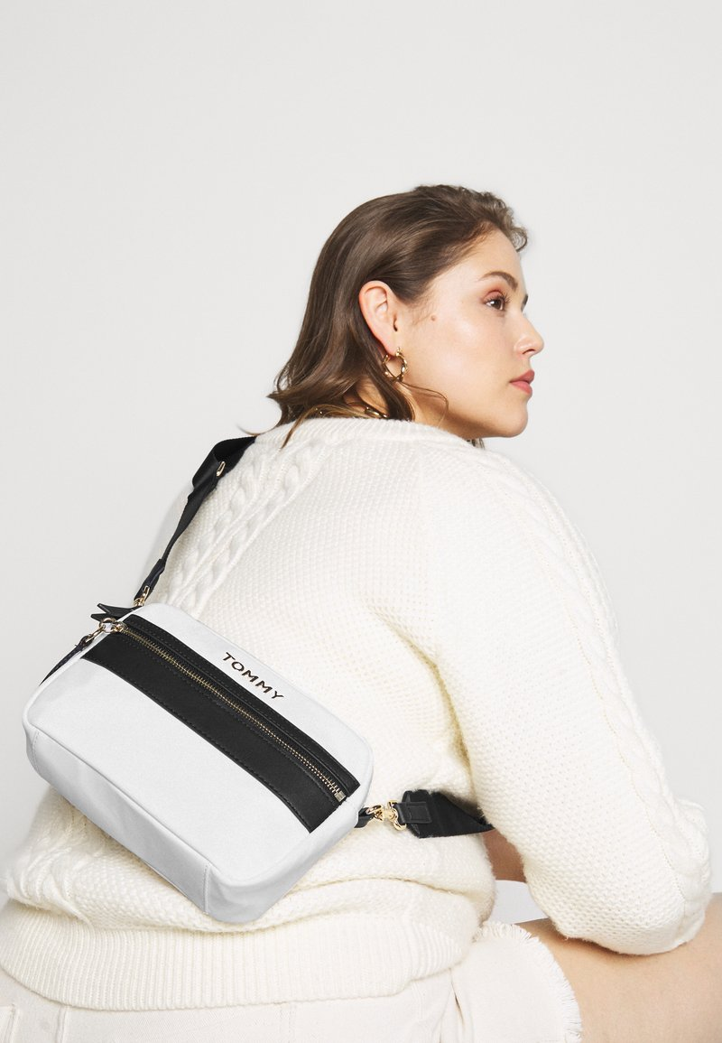 Tommy Hilfiger - CROSSOVER - Across body bag - white