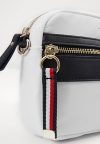 Tommy Hilfiger - CROSSOVER - Across body bag - white - 5