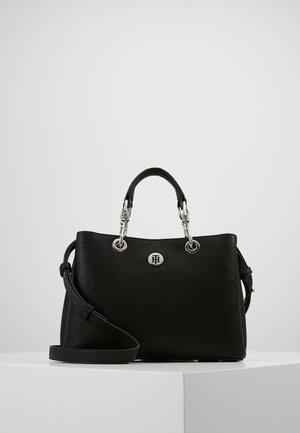 CORE SATCHEL - Käsilaukku - black