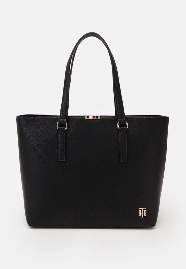 SAFFIANO TOTE - Shopping bag - black