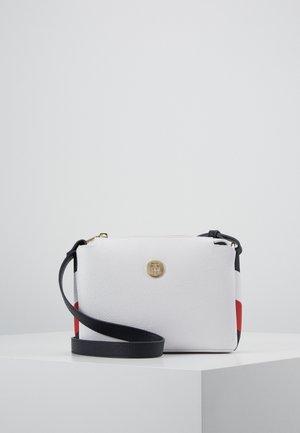 Schoudertas - white