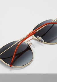 Tommy Hilfiger - Sunglasses - gold-coloured - 3