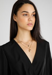 Tommy Hilfiger - CASUAL CORE - Necklace - gold-coloured - 1