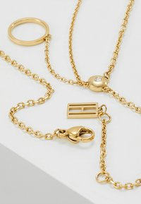 Tommy Hilfiger - FINE - Necklace - gold-coloured