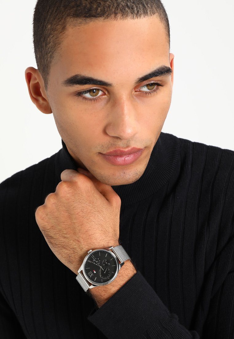Tommy Hilfiger - SOPHISTICATED SPORT  - Montre - silver-coloured
