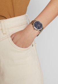Tommy Hilfiger - ARI - Hodinky - silber coloured - 0