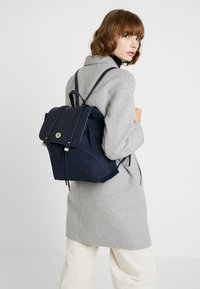 Tommy Hilfiger - ELEGANT BACKPACK - Ryggsekk - blue - 1