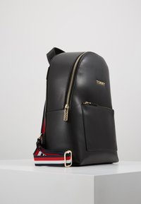 Tommy Hilfiger - ICONIC BACKPACK SOLID - Rucksack - black - 3