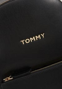 Tommy Hilfiger - ICONIC BACKPACK SOLID - Rucksack - black - 6