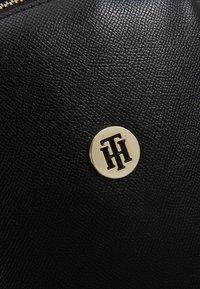 Tommy Hilfiger - CLASSIC BACKPACK - Mochila - black - 6