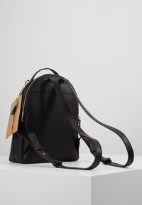 Tommy Hilfiger - CHARMING BACKPACK - Reppu - black - 3