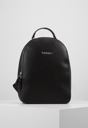 STAPLE DOME BACKPACK - Mochila - black
