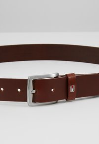 Tommy Hilfiger - NEW DENTON - Cintura - brown - 4