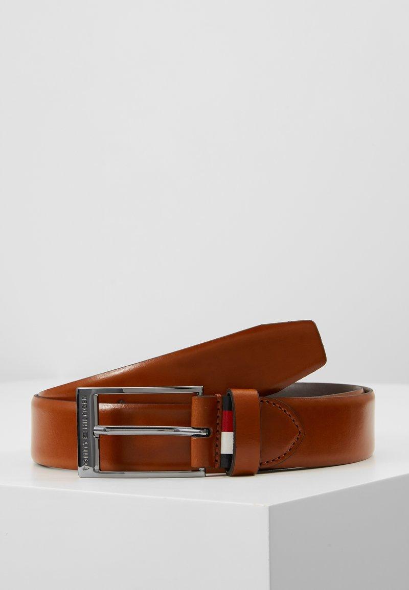 Tommy Hilfiger - FORMAL LONG LOOP BELT - Belt business - brown