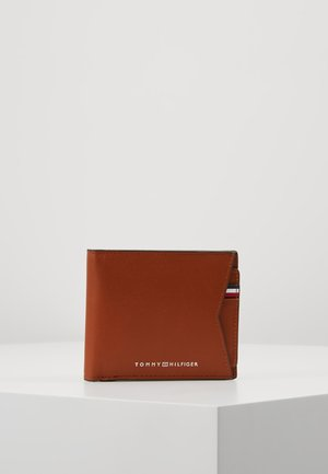 CASUAL BILLFOLD WALLET REM CARD SET - Wallet - brown