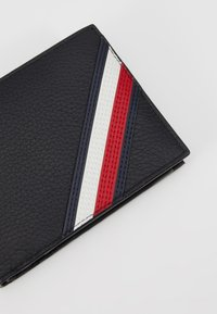Tommy Hilfiger - DOWNTOWN FLAP AND COIN - Wallet - black - 2