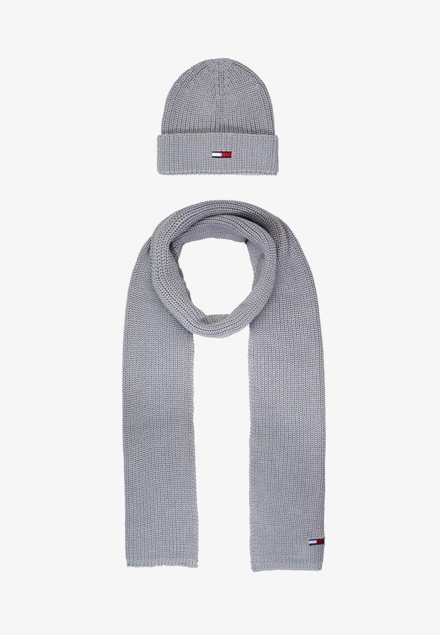 BASIC SCARF BEANIE SET - Halsduk - grey