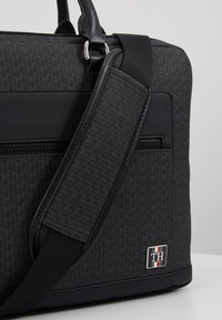 Tommy Hilfiger - COATED COMPUTER BAG - Briefcase - black - 6