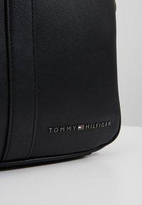 Tommy Hilfiger - SLIM COMPUTER BAG - Attachetasker - black - 5