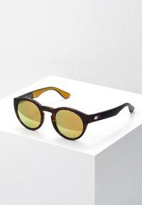 Tommy Hilfiger - Sluneční brýle - gold-coloured - 0