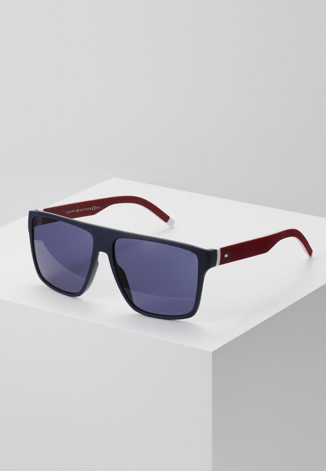 Sunglasses - blue/red