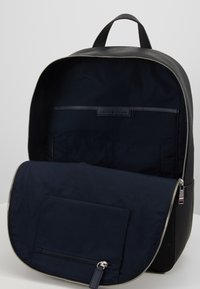 Tommy Hilfiger - DOWNTOWN BACKPACK - Zaino - black