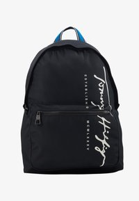 Tommy Hilfiger - SIGNATURE BACKPACK - Plecak - black - 1