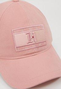Tommy Hilfiger - LEWIS HAMILTON CAP 2 - Pet - pink - 4