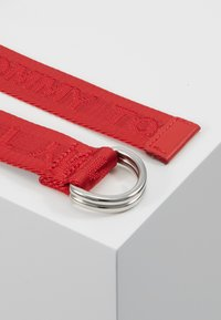 Tommy Hilfiger - KIDS BELT - Cinturón - red - 3