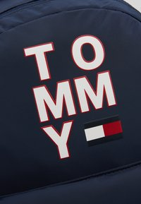 Tommy Hilfiger - KIDS BACKPACK - Batoh - blue - 2