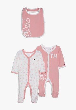 BABY PREPPY MASCOT GIFTBOX SET - Geschenk zur Geburt - pink icing