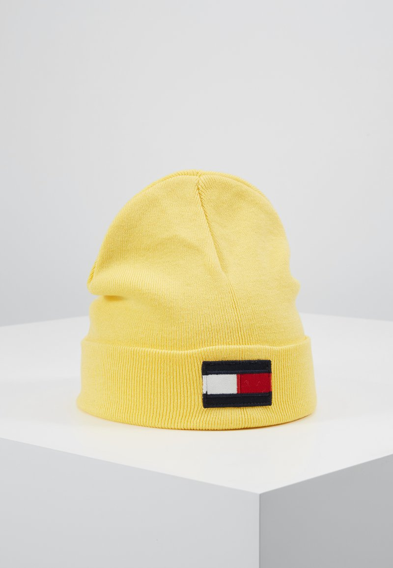 Tommy Hilfiger - BIG FLAG BEANIE - Čepice - yellow