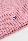 Tommy Hilfiger - FLAG BEANIE GIRLS - Czapka - pink