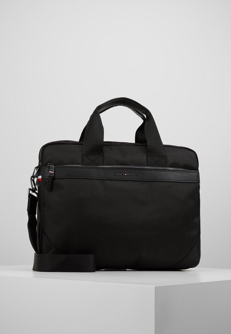 Tommy Hilfiger - ELEVATED COMPUTER BAG - Briefcase - black