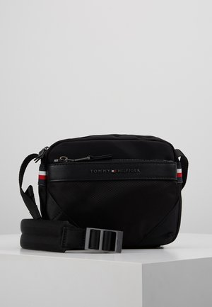 ELEVATED NYLON MINI CAMERA BAG - Taška s příčným popruhem - black