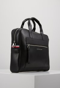 Tommy Hilfiger - COMPUTER BAG - Taška na laptop - black - 3