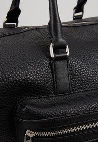 Tommy Hilfiger - DOWNTOWN DUFFLE - Weekend bag - black - 8