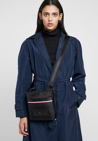 Tommy Hilfiger - MODERN MINI CROSSOVER - Across body bag - black - 5