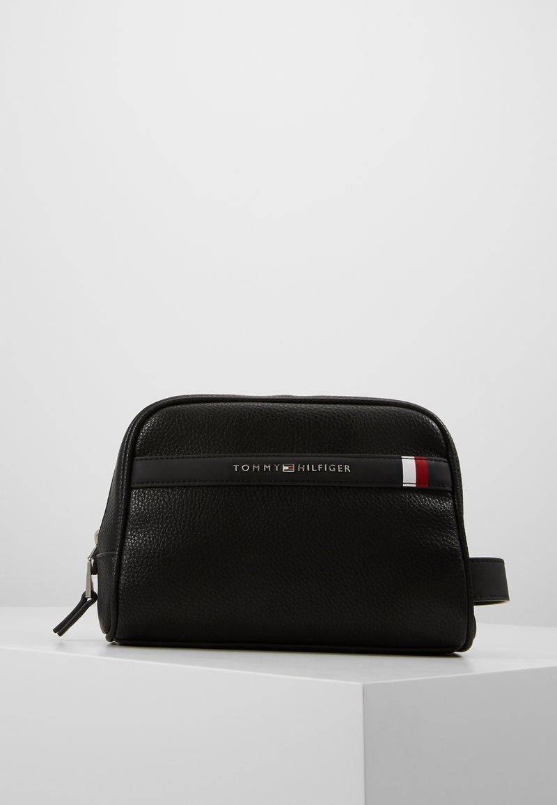 Tommy Hilfiger - DOWNTOWN WASHBAG - Wash bag - black