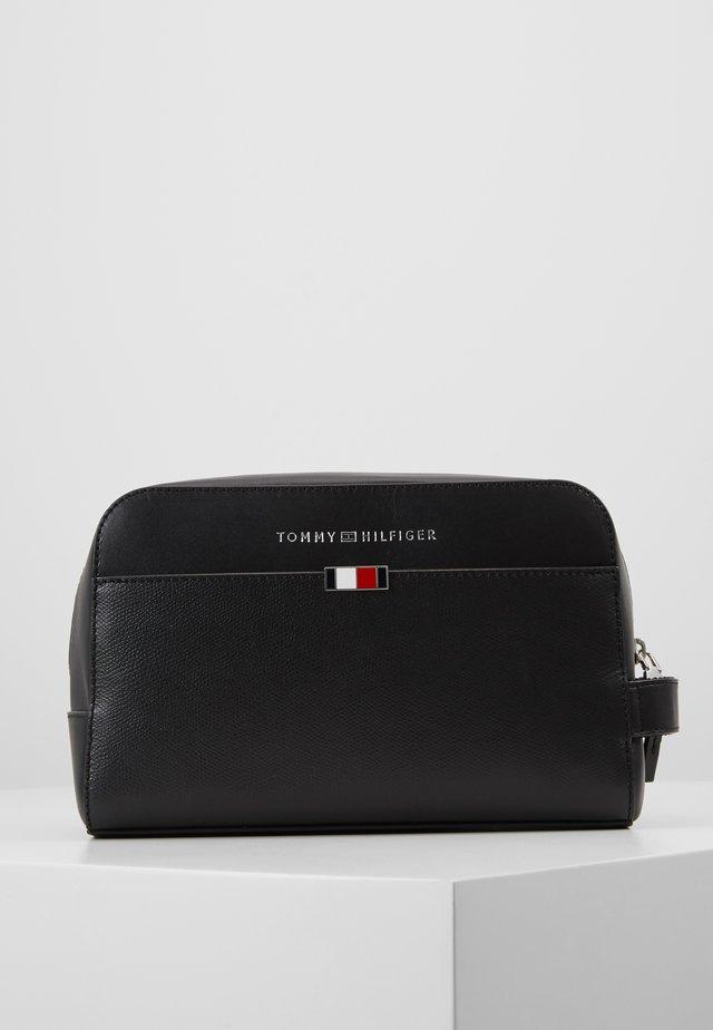 BUSINESS WASHBAG - Wash bag - black