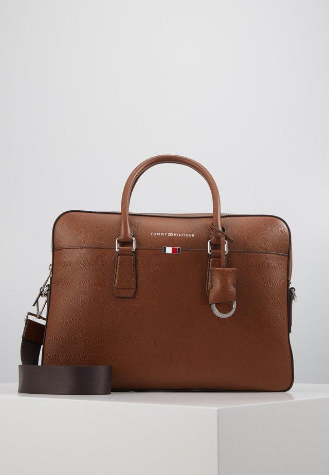 BUSINESS SLIM BAG - Aktetas - brown