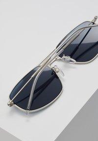 Tommy Hilfiger - Solglasögon - palladium - 4