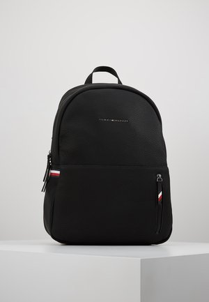 ESSENTIAL BACKPACK - Ryggsekk - black