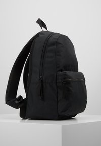 Tommy Hilfiger - CORE BACKPACK - Rucksack - black - 3