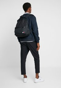 Tommy Hilfiger - CORE BACKPACK - Rucksack - black - 1