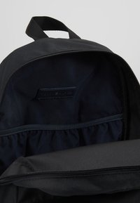 Tommy Hilfiger - CORE BACKPACK - Rucksack - black - 4