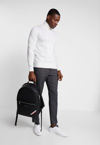 Tommy Hilfiger - DOWNTOWN BACKPACK - Ryggsekk - black - 1